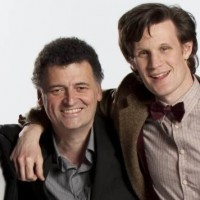 Steven Moffat e Matt Smith.