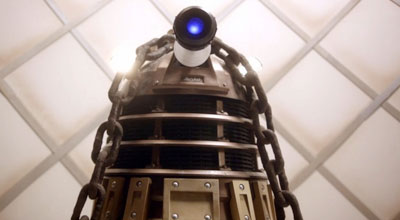 7×01 – Asylum of the Daleks