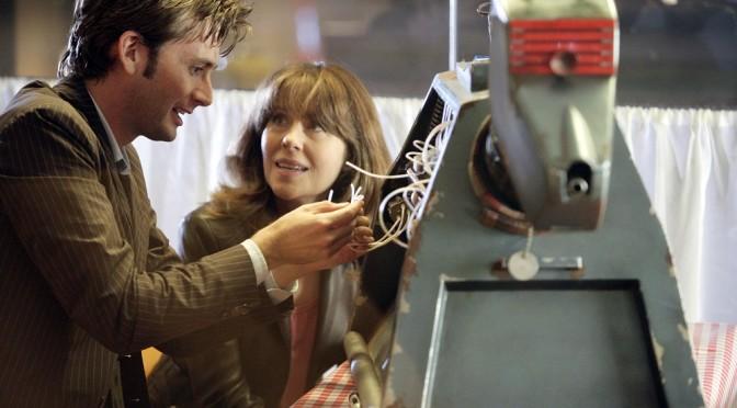 Il Dottore con Sarah Jane e K-9.