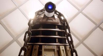 7×01 – Asylum of the Daleks